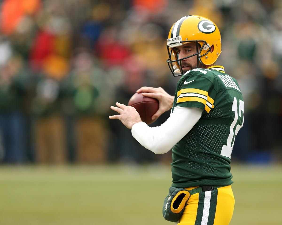 Aaron Rodgers Net Worth Packers Qb Is 7th Highest Paid Athlete With 89m Earnings