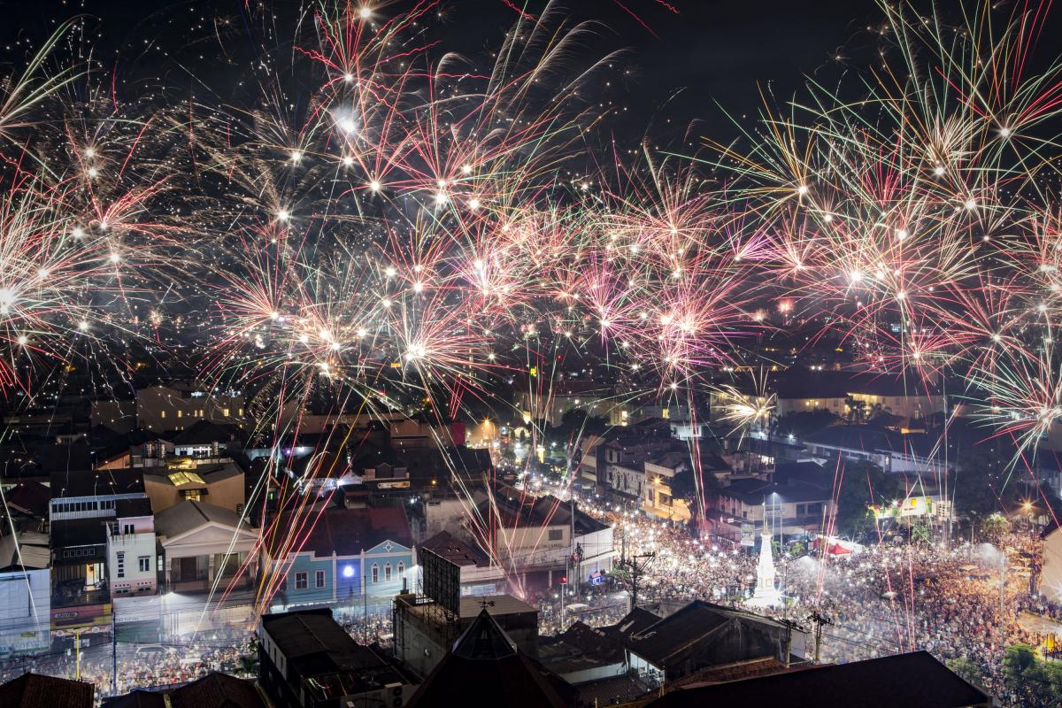 New Year's Eve Traditions Around The World 2019: How Other