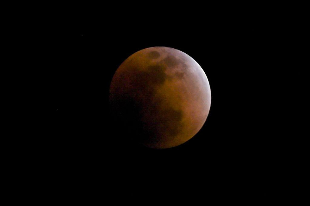 blood moon 2019 date and time - photo #13