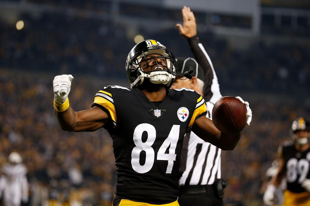 f99a3237bca NFL Trade Rumors: Hot Market For Antonio Brown, WR Could Be Open To Staying  With Pittsburgh Steelers