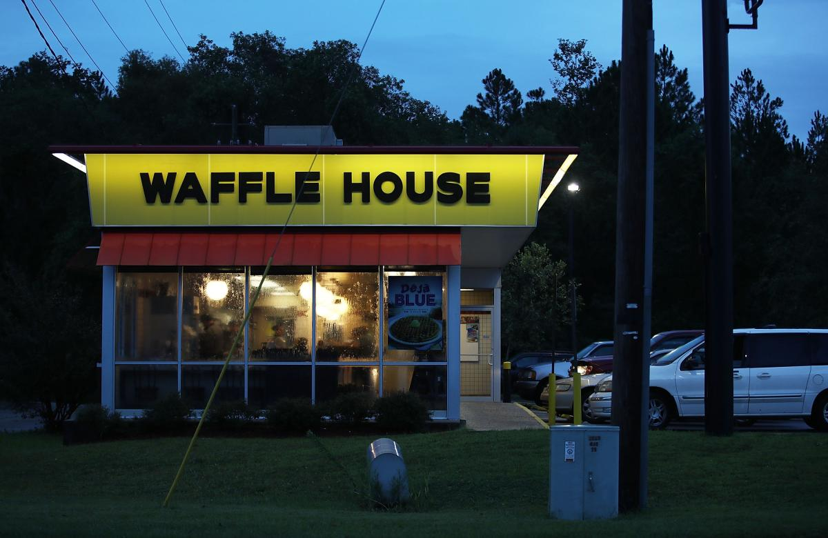 Colorado: Man Shoots Waffle House Worker After Being...