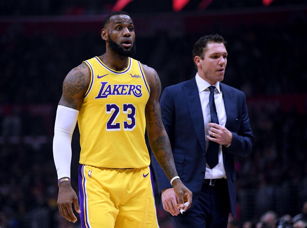 88103299e377 NBA Rumors  Luke Walton Says Everything Is Cool With Him And LeBron ...