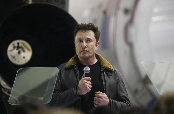 Elon Musk Says SpaceX Is Better Than Area 51