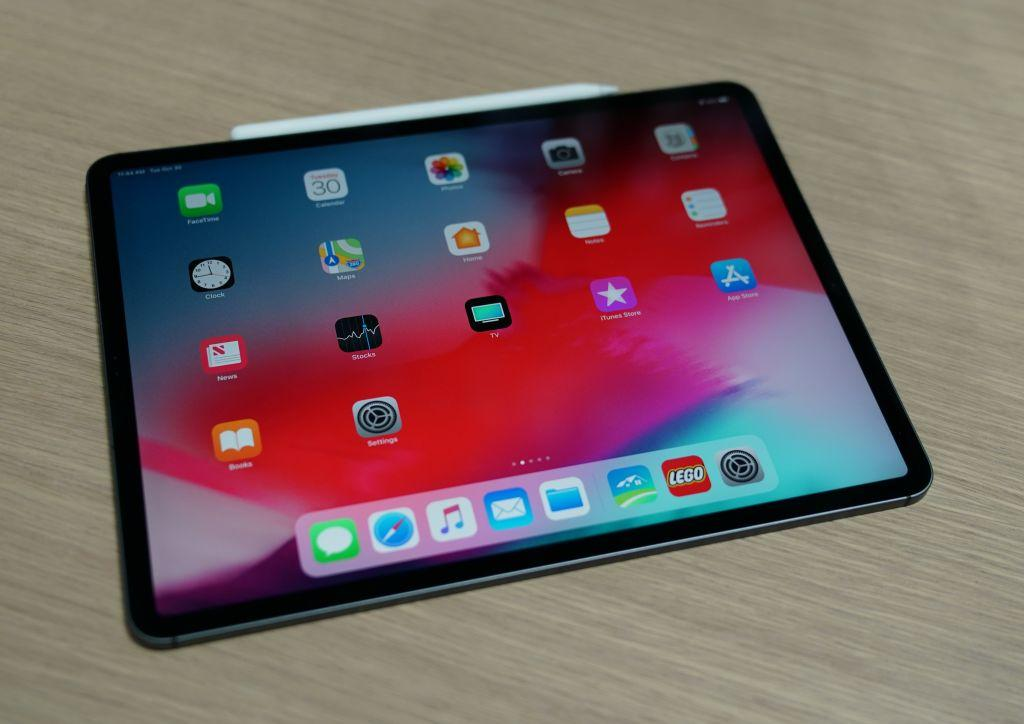 Apple iPad Pro With Triple-Lens Camera Reportedly In The Works