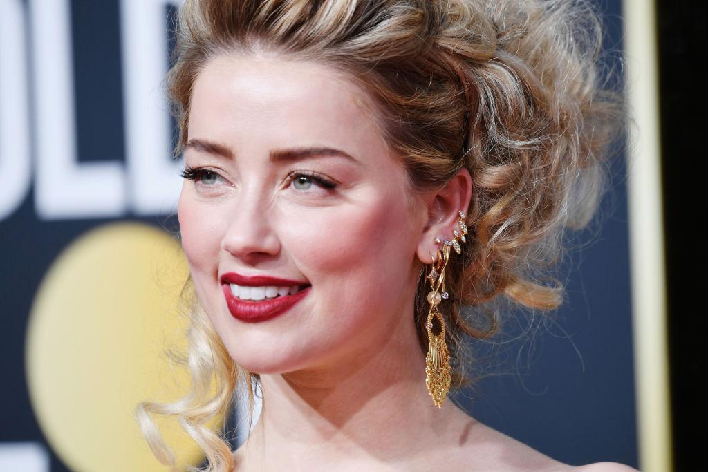 Amber Heard's Instagram Post Flooded With Hate Comments ...