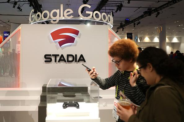 Microsoft xCloud vs Google Stadia, Smartphone Gaming, Performance And More