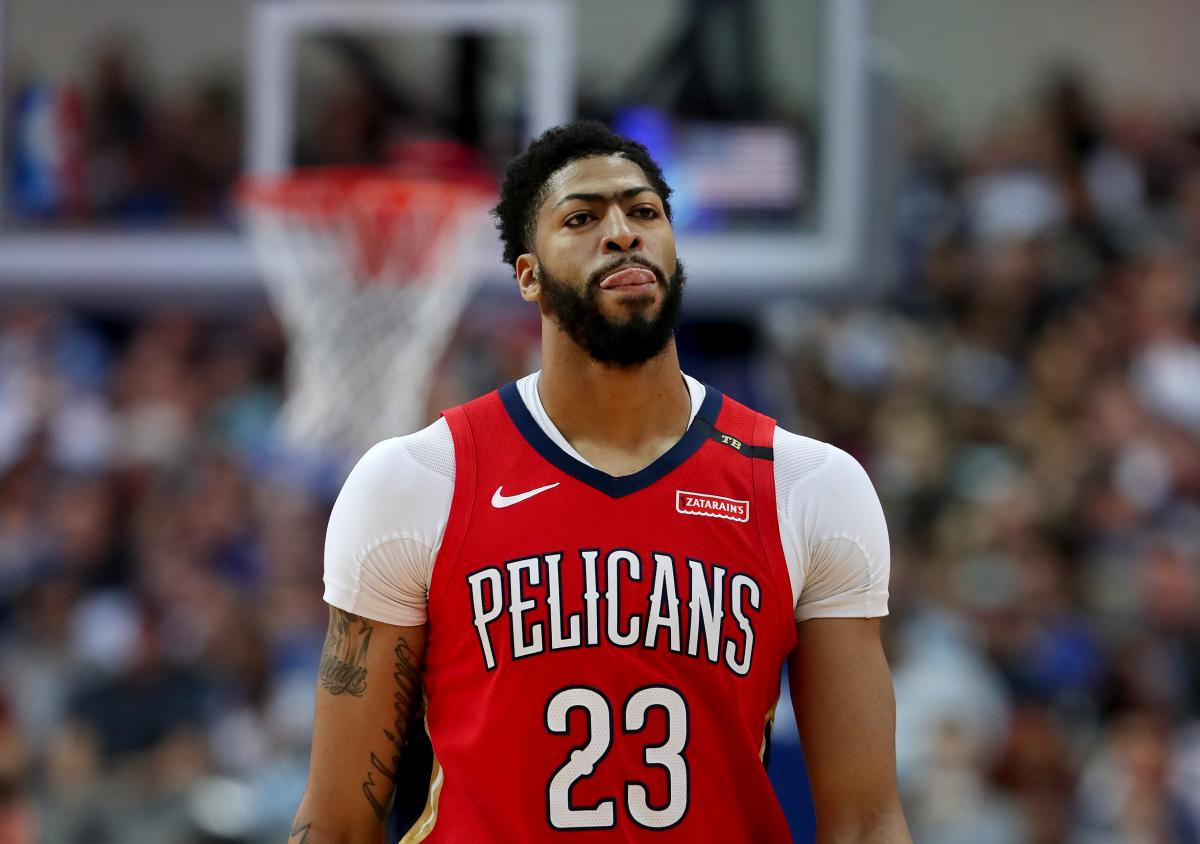 NBA Rumors: Pelicans Could Trade Davis To Lakers For Third Pick And More