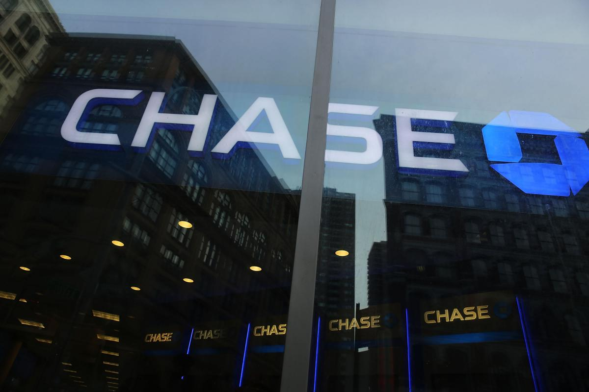 JPMorgan Cuts Hundreds Of Jobs As Part Of Annual Staffing Review