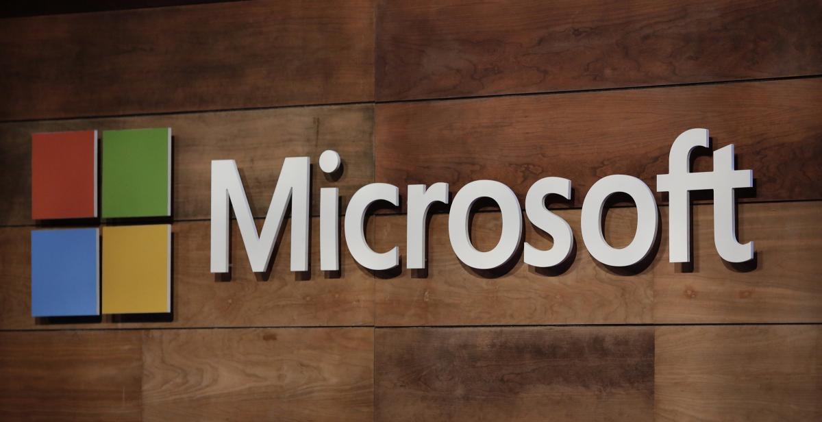 Microsoft Surface Earbuds' Strong Features And Office Integration Make It A Top Choice
