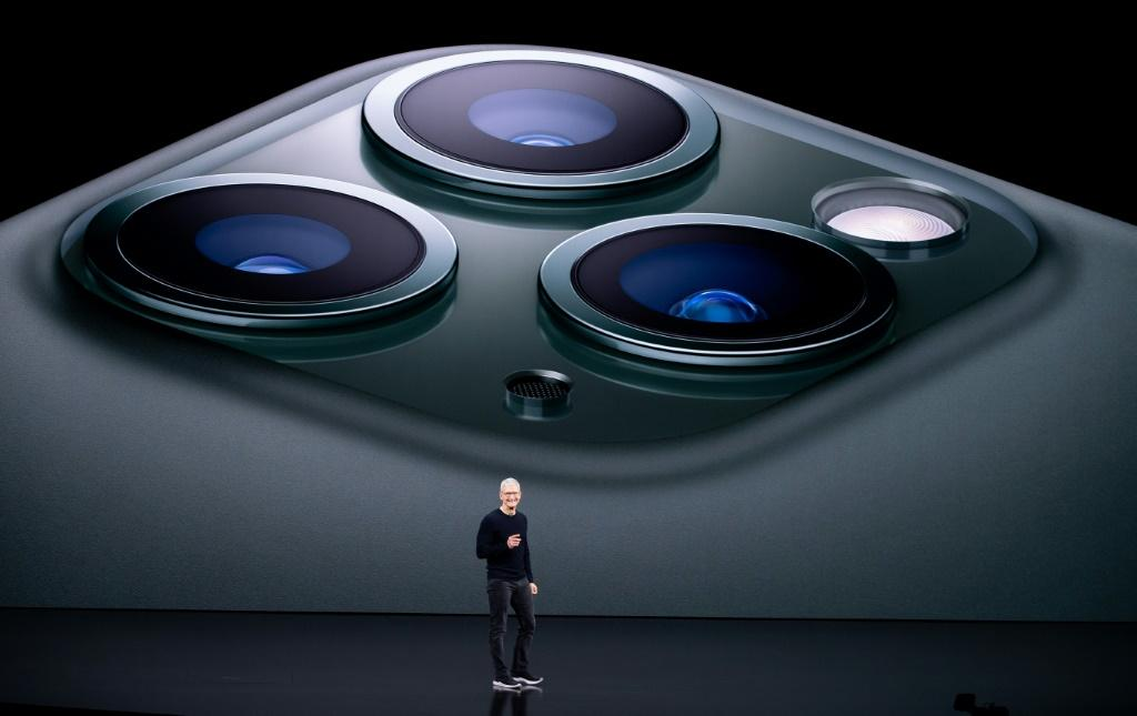 Apple To Launch Tech Assault, Targeting Flagship Devices Like MacBook And More