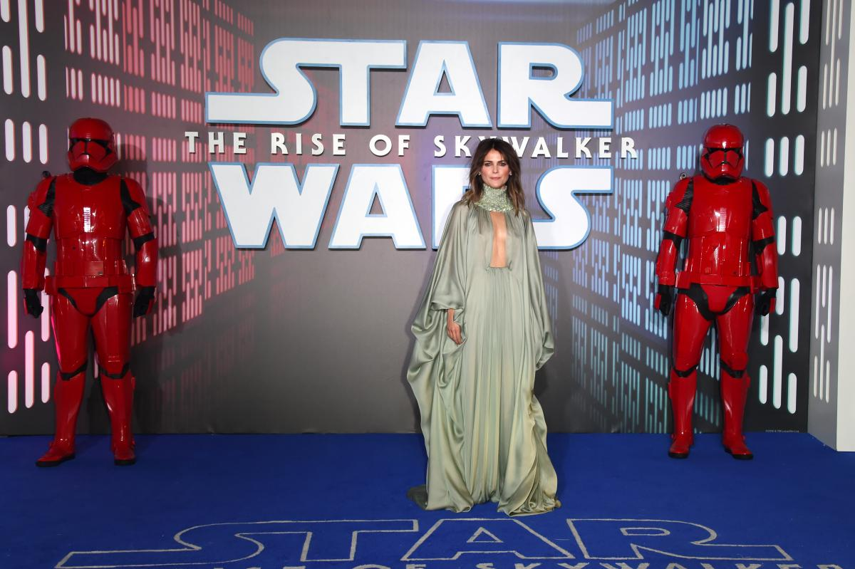Zorii Bliss S Star Wars Costume Has A Purpose Keri Russell Confirms