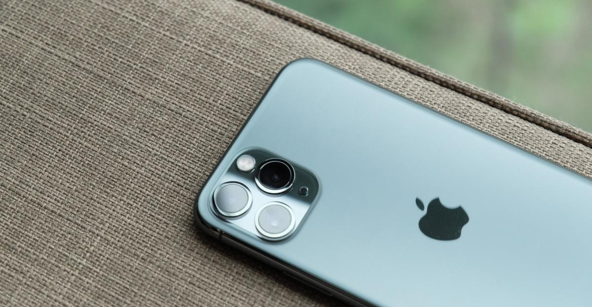 How To Use The Apple Watch As A Remote For Your iPhone's Camera