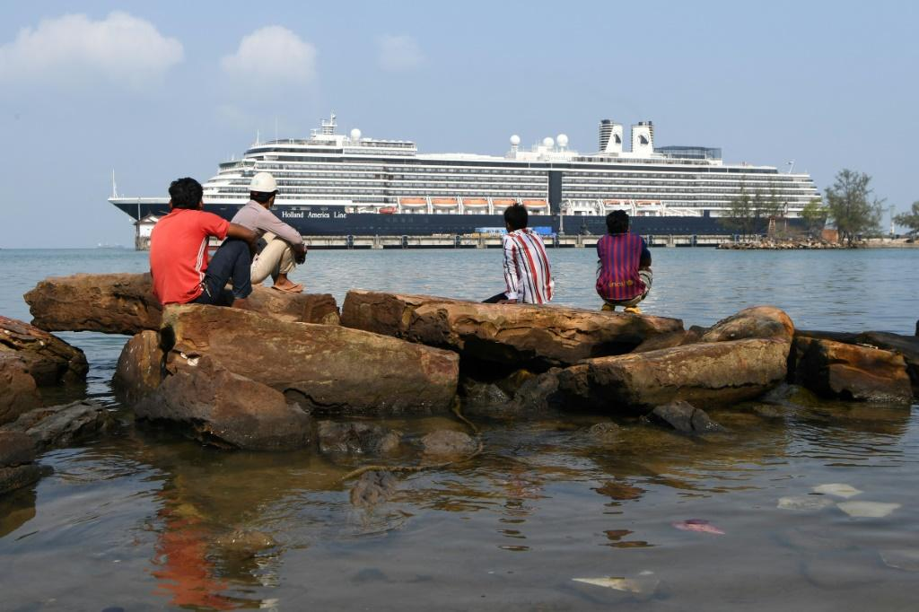 Cruise Ship Crew Given Virus All-clear In Cambodia