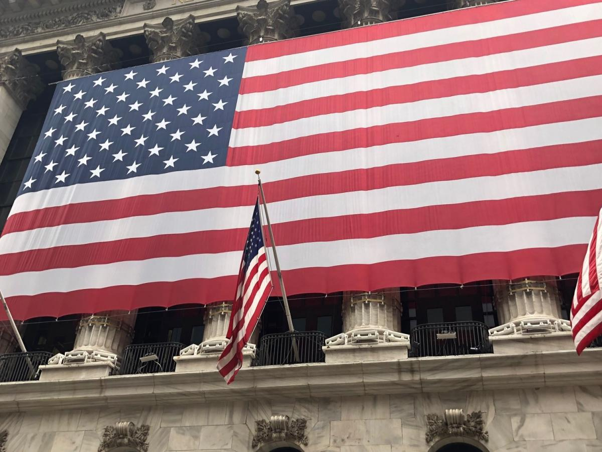 US Equities Rise As White House, Democrats...
