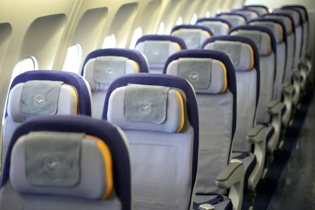 Airlines, Airports Hoping Rapid COVID Testing Will Revive Travel Industry
