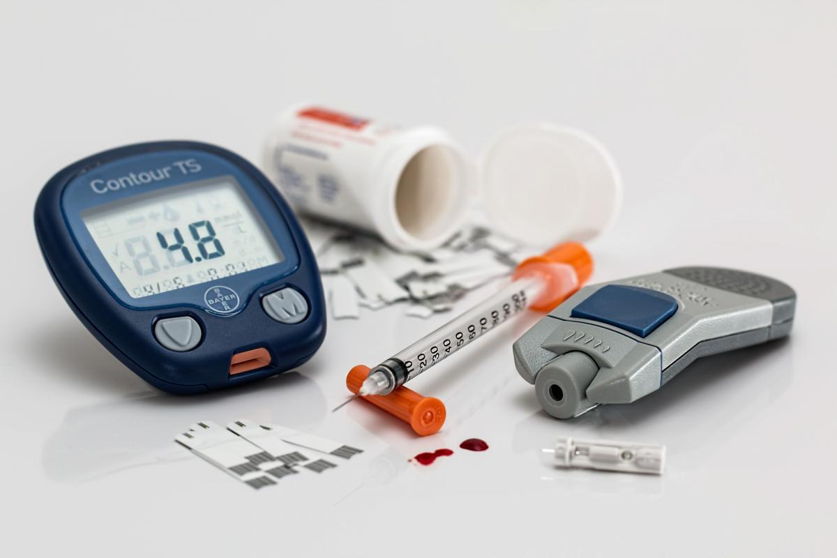 10 Best Diabetes Blood Sugar Testing Kits For Home Use