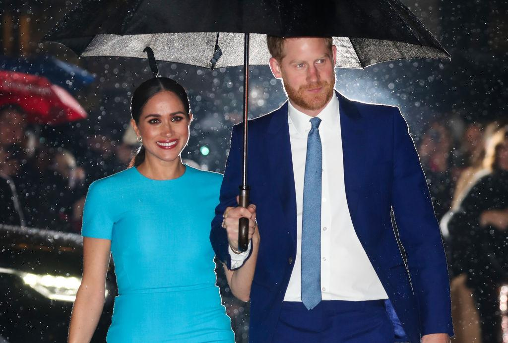 prince harry meghan markle commemorate remembrance sunday by visiting la national cemetery prince harry meghan markle commemorate