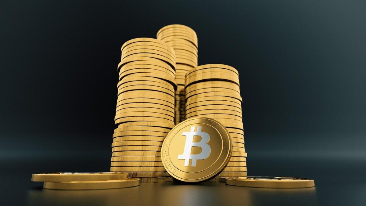 <bold>Bitcoin</bold> Is 'Fool's <bold>Gold</bold>,' Peter Schiff Says: 'It's Never Going To Be Money'