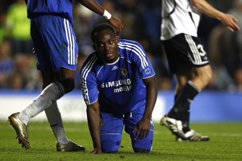 Michael Essien could be used as a makeweight in Chelsea's bid to capture Luka Modric from Spurs.