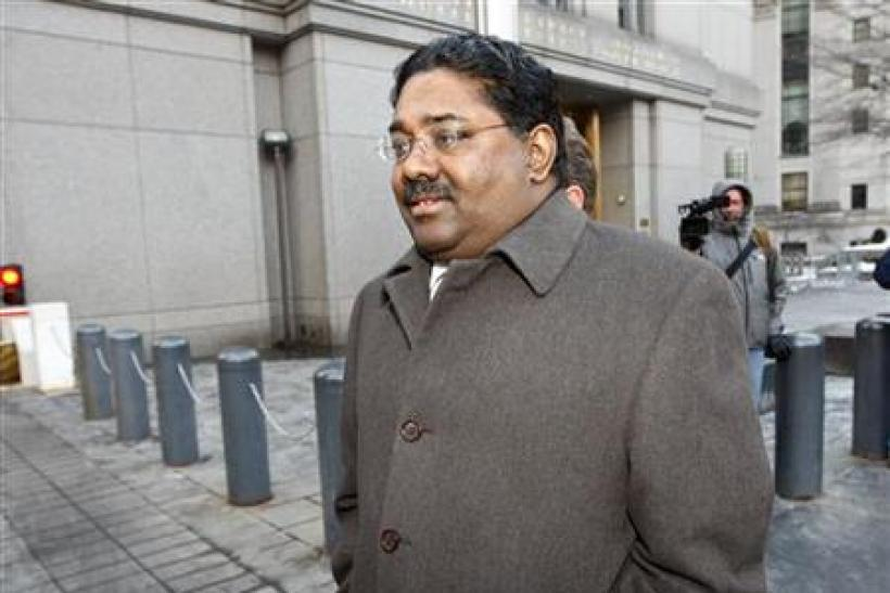 Galleon hedge fund founder Rajaratnam departs federal court in New York