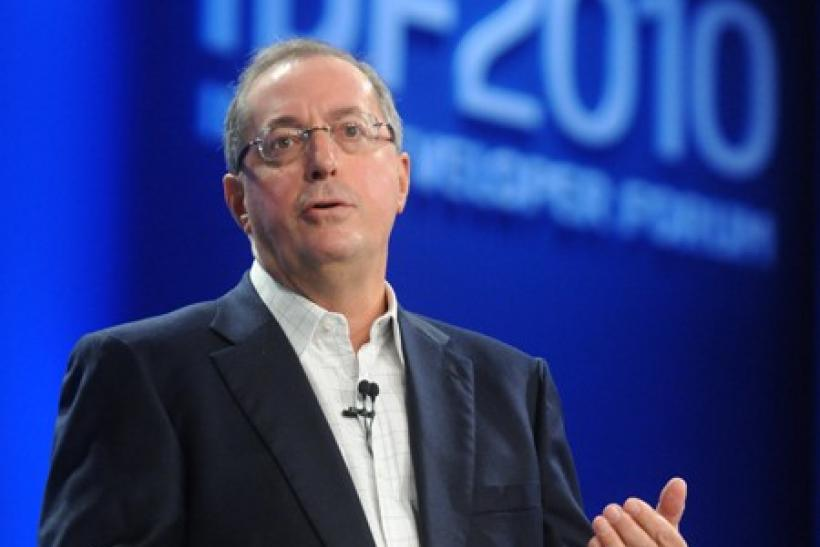 Intel's CEO Paul Otellini took a few shots at ARM in both mobile and PC.