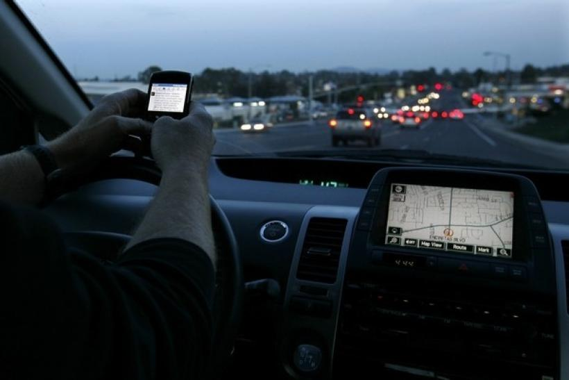 American drivers back ban on mobile phone on wheels