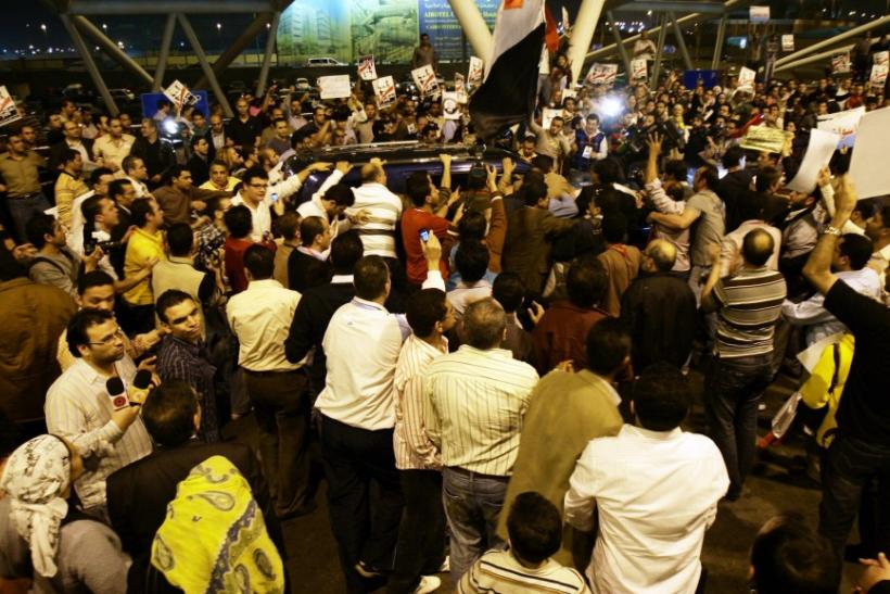 Amidst political unrest, 18,000 foreigners and Egyptians have been stranded
