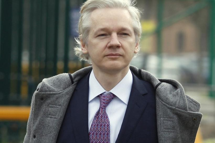 Court says Assange tried to avoid the Swedish authorities, orders extradition
