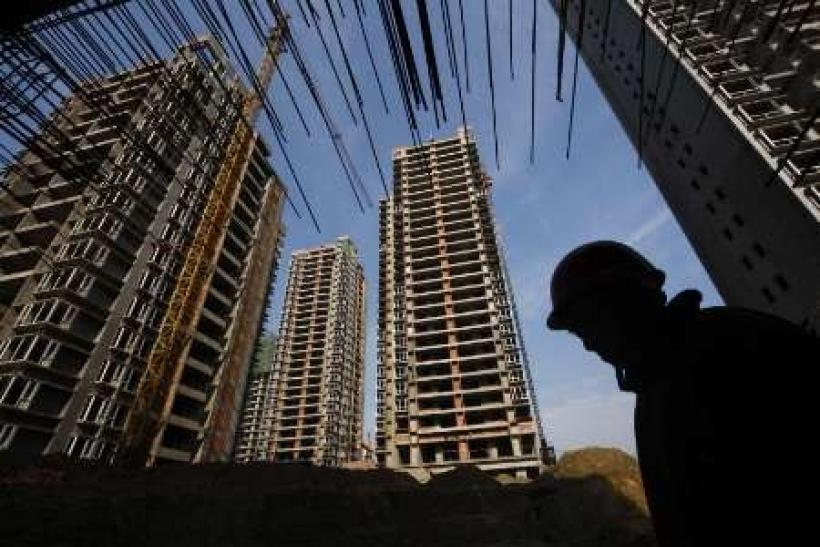 China raises mortgage rates for housing fund