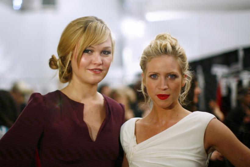 Julia Stiles and Brittany Snow