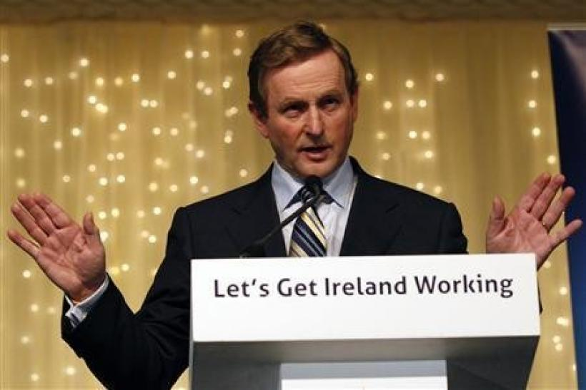 Fine Gael leader Enda Kenny addresses supporters in Dublin