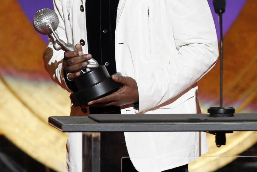 Actor Samuel L. Jackson accepts the award for Outstanding Supporting Actor