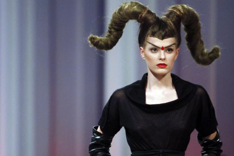 Oddly fashion victims in fashion shows
