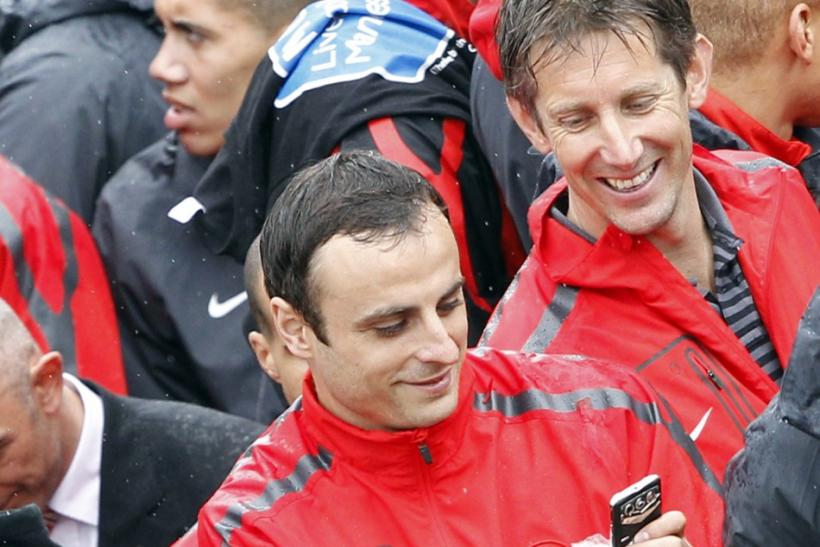 Berbatov was present in Manchester United's victory parade of their Premiership Trophy.
