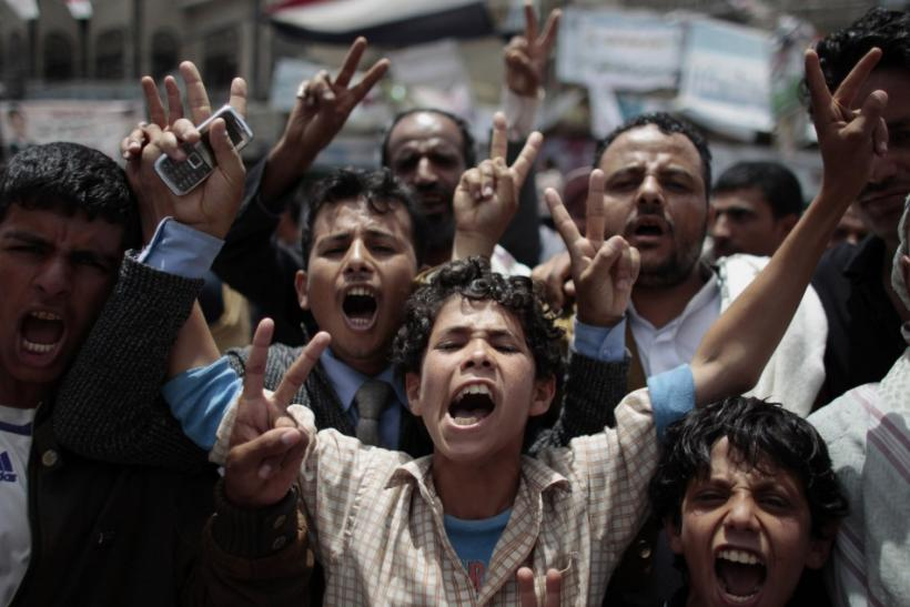 Yemeni President Accepts UN Peace Deal, Set to Depart Shortly