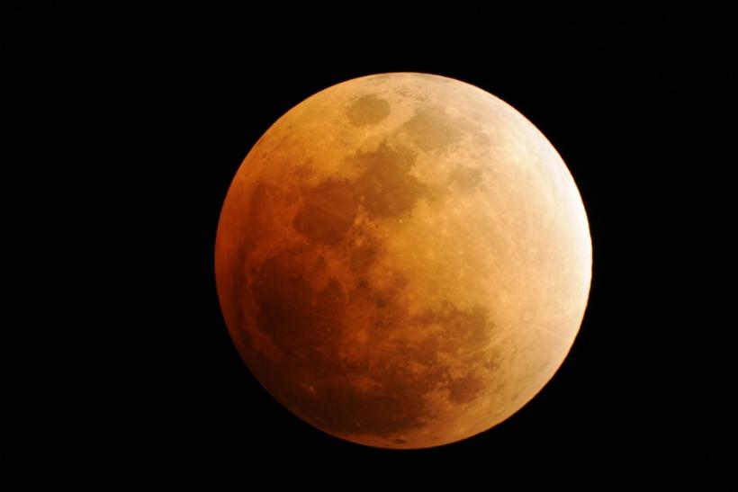 Now Live: Watch Lunar Eclipse on Youtube, Android