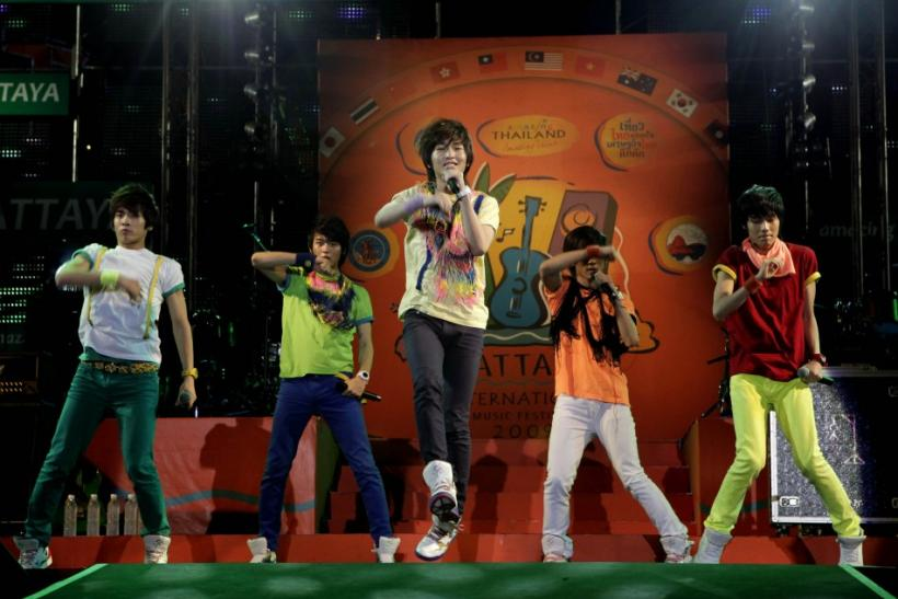Korean boy band Shinee performs during the Pattaya International Music Festival