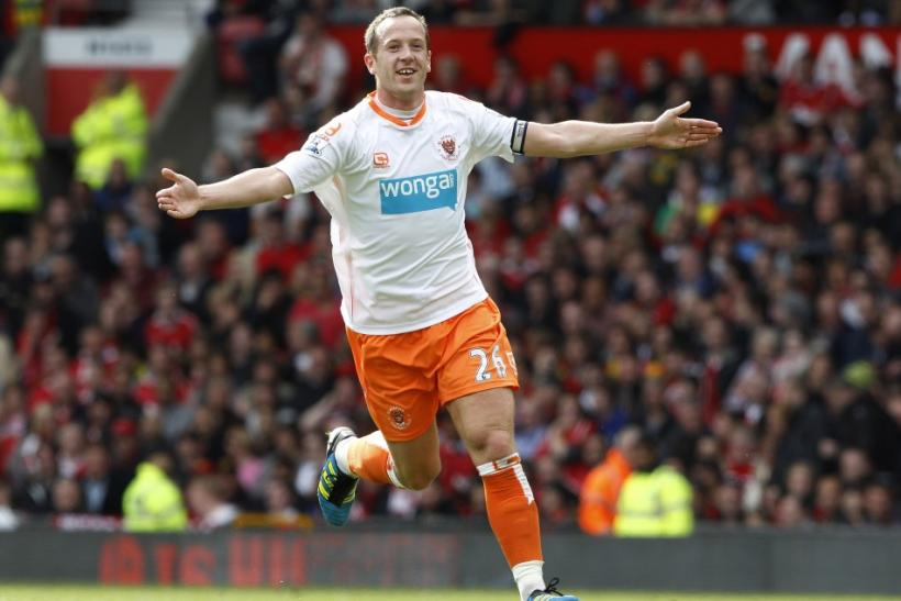 Villa set to hijack Charlie Adam deal