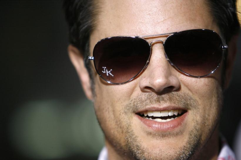 Johnny Knoxville Tweets Visit To Ryan Dunns Grave While Promoting