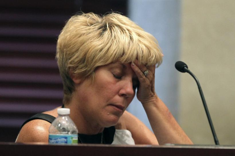 Cindy Anthony testifies during her daughter Casey Anthony's first-degree murder trial in Orlando