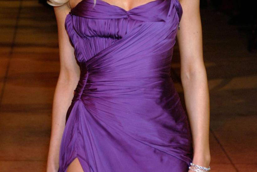 Brittany Murphy arrives at the Vanity Fair Oscar Party at Mortons in West Hollywood March 5, 2006...