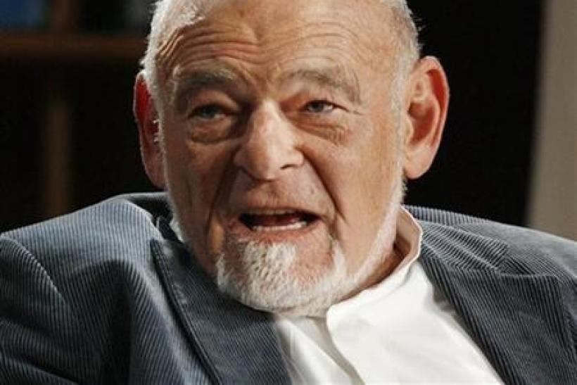 Sam Zell, chairman and CEO, Tribune Company, speaks at the 2009 Milken Institute Global Conference in Beverly Hills,California in this April 27, 2009 file photograph.