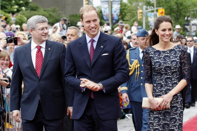 Canada's Prime Minister Harper, Britain's Prince William and his wife Catherine, Duchess of Cambridge arrive at the National War Memorial in Ottawa