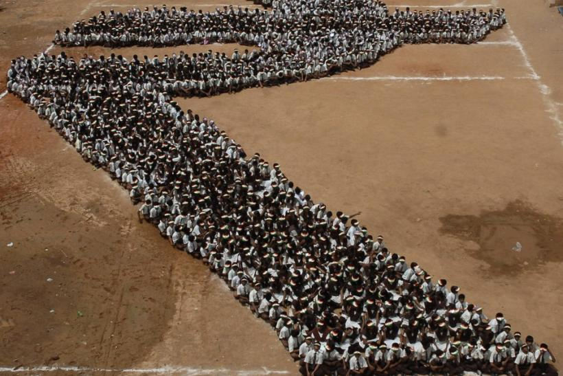 Top 20 unbelievable crowd display performances around the world (Photos)