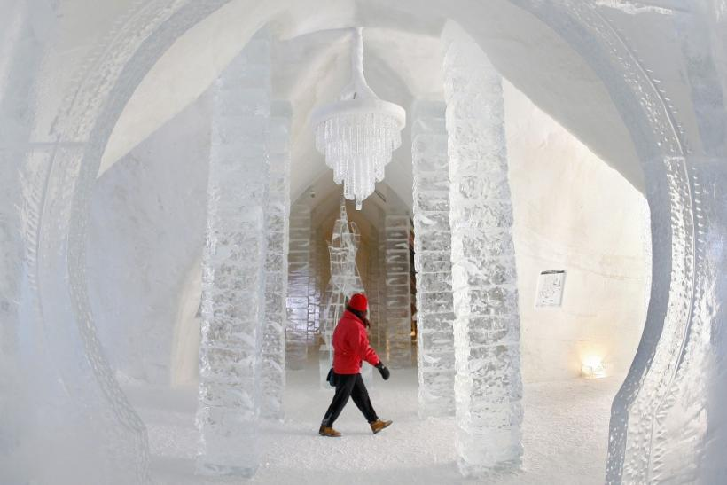 Ice Hotel in Sainte-Catherine-de-la-Jacques-Cartier