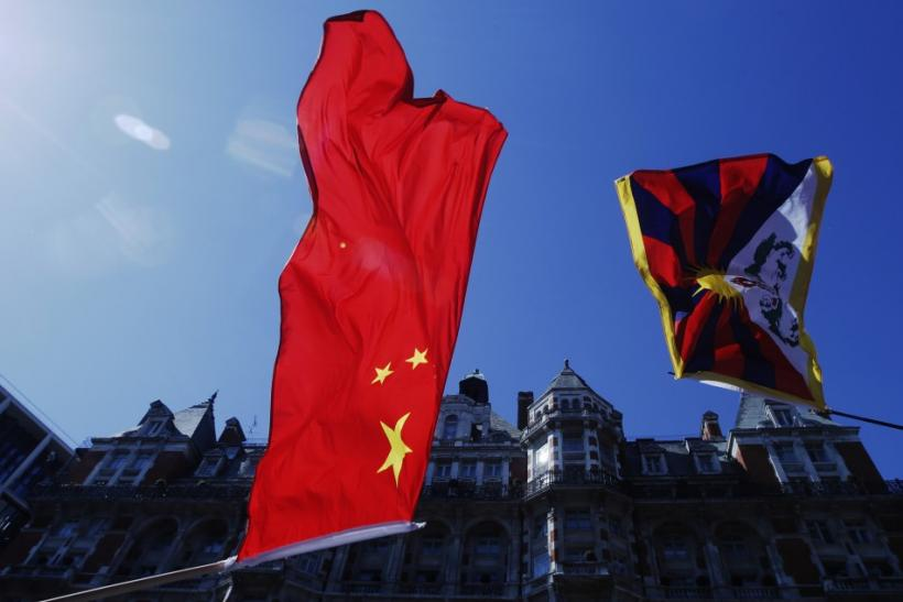 China's flag and Tibet's flag