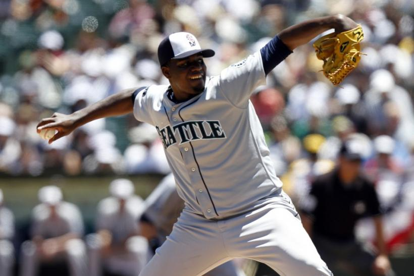 Mariners rookie pitcher delivers victory, 2-1 over A's
