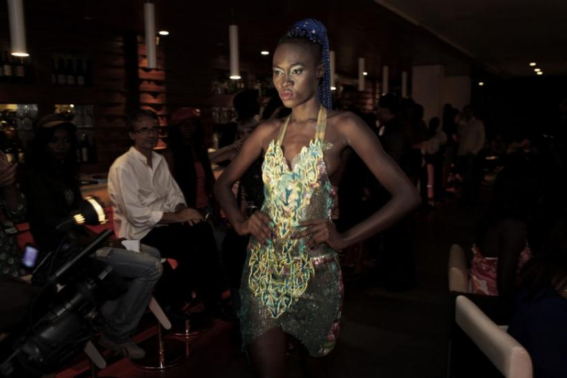 Hot African Beauties Backstage At Dakar Fashion Week Photos
