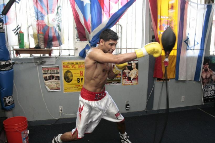 "Best British boxer Amir ""King"" Khan training in Los Angeles"