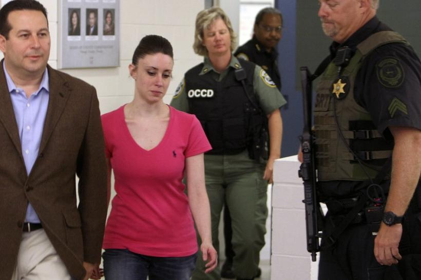 Casey Anthony Gets Out of Orange County Jail (Video From